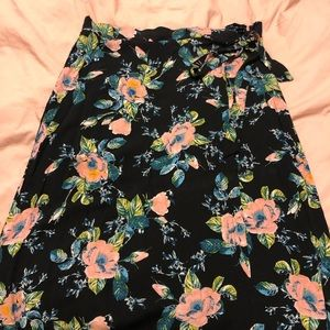 Xhiliration Floral Print Maxi Skirt!